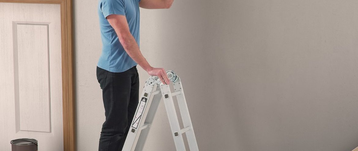 Safety tips for Working with Ladders and Working at Heights