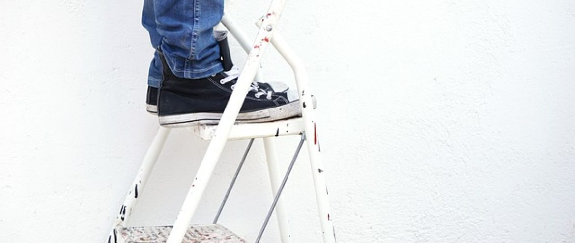 How to Safely Choose the Right Ladder
